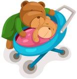 Orso e bambino della madre in carrozzina Immagini Stock
