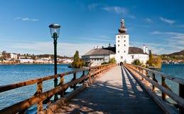Ort Castle με τη γέφυρα, Αυστρία Στοκ Φωτογραφία