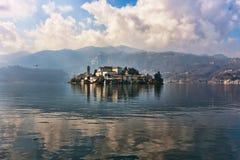 orta SAN λιμνών νησιών του Giulio Στοκ Φωτογραφία