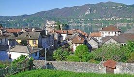 Orta San Julio, lago Orta, Italia Imágenes de archivo libres de regalías