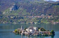 Orta sjö, San Giulio ö Arkivbild