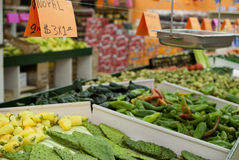Ortaggi freschi ad un supermercato messicano fotografia stock libera da diritti
