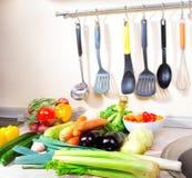Ortaggi freschi sulla cucina Immagine Stock