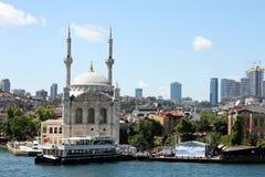 Ortaköy Moschee stockbild