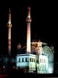 ortakoy伊斯坦布尔的清真寺 免版税库存照片