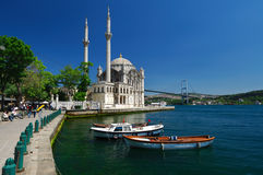 ortakoy伊斯坦布尔的清真寺 免版税图库摄影