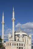 Ortakoy清真寺在伊斯坦布尔,土耳其 库存照片