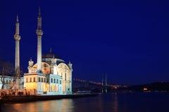 Ortakoy Buyuk Mecidiye Moschee Lizenzfreie Stockfotos