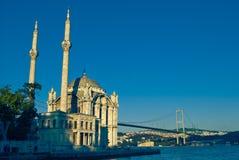ortakoy istanbul meczetu Zdjęcia Royalty Free