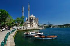 ortakoy istanbul moské Royaltyfri Fotografi