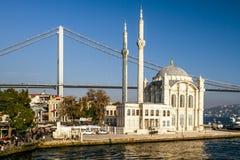 Ortakoy Moschee Stockfotos
