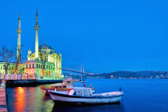 Ortakoy Moschee in Istanbul Lizenzfreie Stockfotos