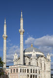 Ortakoy moské i Istanbul, Turkiet Arkivfoto