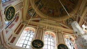 Ortakoy moské inom Bosphorus som målas lager videofilmer