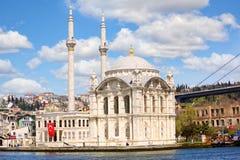 Ortakoymoskee in Istanboel Stock Foto's