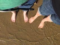 Orteils dans l'eau Images libres de droits