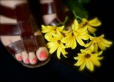 Orteils et petits bouquets photos stock