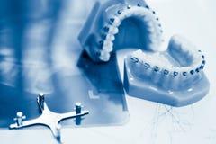 orthodontic hjälpmedel fotografering för bildbyråer