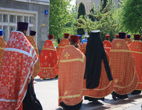 Orthodox priests. Carry the icon of the Virgin Royalty Free Stock Photography