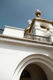 Orthodoxe Ansicht von unten der christlichen Kirche lizenzfreies stockfoto