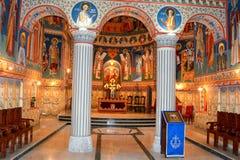 Orthodoxe byzantinische Ikonen in Heilig-Anna--Rohiakloster, aufgestellt in einem natürlichen und lokalisierten Platz, in Maramur Stockbilder