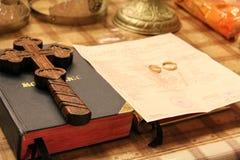 Orthodoxe huwelijkstoebehoren Stock Afbeeldingen