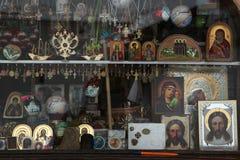 Orthodoxe Ikonen in einem Ikonenshop Lizenzfreies Stockfoto