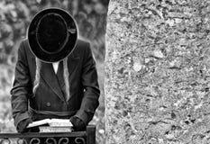 Orthodoxe Joods bidt, Joden, judaism, hasidim BW stock afbeeldingen