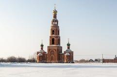 Glockenturm Sibirien im Winter Stockfotos