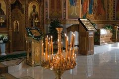 Orthodoxe kerk binnen stock foto