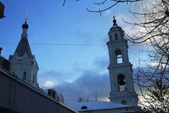 Orthodoxe Kerk in Moskou in de winter Stock Afbeelding
