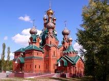 Orthodoxe kerk in Rusland stock foto's
