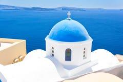 Orthodoxe kerk in Santorini Stock Foto's