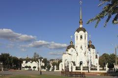 Orthodoxe Kirche auf einem der Quadrate in Charkiw Lizenzfreies Stockfoto