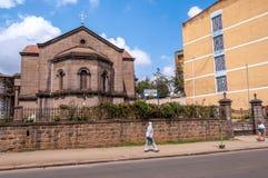 Orthodoxe Kirche in den Straßen von Addis Ababa Lizenzfreie Stockfotos