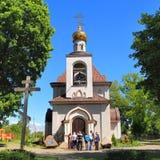 Orthodoxe Kirche der Heilig-Prinzessin Olga an sonnigem Maifeiertag in der Regelung Pribrezhnyj Stockbilder