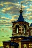 Orthodoxe Kirche der heiligen Jungfrau in der Stadt von Medyn, Kaluga-Region (Russland) Lizenzfreies Stockbild