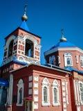 Orthodoxe Kirche der heiligen Jungfrau in der Stadt von Medyn, Kaluga-Region (Russland) Stockbild
