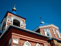 Orthodoxe Kirche der heiligen Jungfrau in der Stadt von Medyn, Kaluga-Region (Russland) Stockfotos