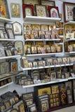 Orthodoxe pictogrammen in de Griekse workshop royalty-vrije stock afbeeldingen
