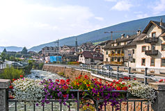 Ortisei em Val Gardena (Italy) imagens de stock