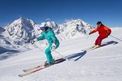 Ortles narciarska arena - narciarstwo w zimy krainie cudów fotografia stock