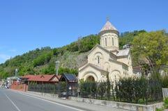 Ortodoksalna Sarpi świątynia na słonecznym dniu Zdjęcia Stock