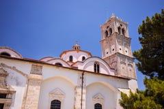 Ortodoksalnego kościół dzwonkowy wierza w Lefkara Cypr Obraz Stock