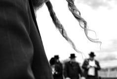 Ortodoksalny Żydowski ono modli się, żyd, hasidim, obrazy royalty free