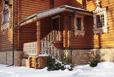 Ortodoksalny drewniany kościelny czerep w zimie Obraz Stock