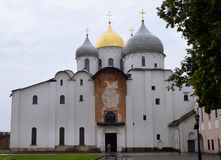 Ortodoksalny kościół St Sophia w Novgorod Kremlin w Veliky Novgorod zdjęcie stock
