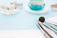 ortodontyczni modela i dentysty narzędzia Zdjęcie Stock