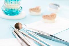 ortodontyczni modela i dentysty narzędzia Obraz Stock