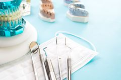 ortodontyczni modela i dentysty narzędzia Fotografia Stock